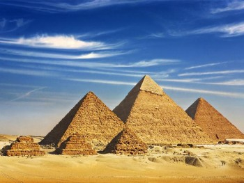 Giza Pyramids, Memphis and Sakkara Day Tour