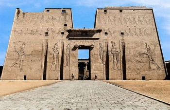 Visit Edfu from Luxor tour